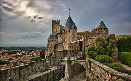 法国西南14日中世纪最美小镇春夏之旅